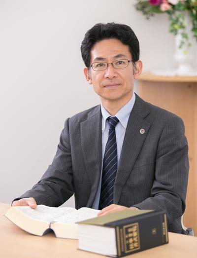 九州アドボカシーセンター運営委員長 弁護士 井下 顕